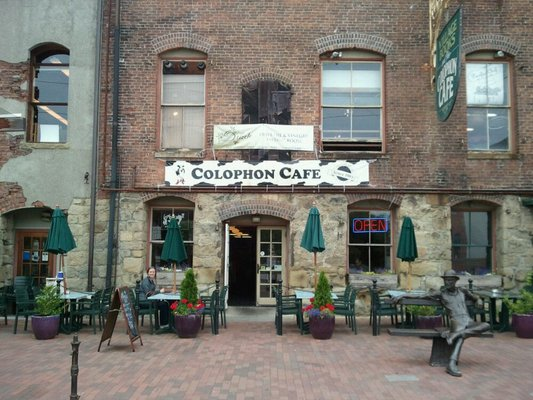 380_Colophon_Cafe_Exterior_1