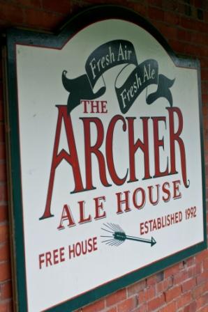 480_archer.ale_.house_.logo_.7